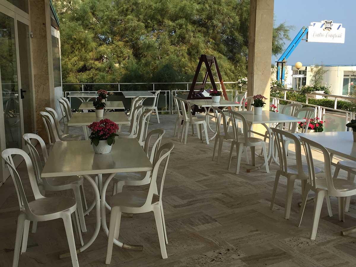 hotel a senigallia veranda sul mare